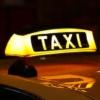 【事故の話題】個人タクシーさん、ロールスロイスに激突